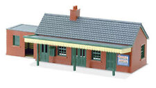 PECO NB-12 Country Station Building -Brick Type Plastic Kit N Gauge Tracked Post