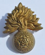 WWI or WWII UK Britain Royal Army Grenadiers Corps Hat Badge Cocade