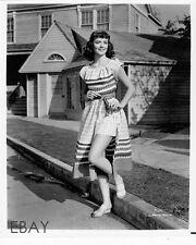 Dorothy Malone leggy sexy VINTAGE Photo