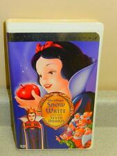DISNEY VHS TAPE-SNOW WHITE AND THE SEVEN DWARFS- USED- GOOD CONDITION- L153