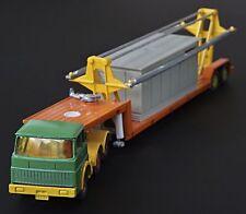 SIKU Sattelschlepper mit 2 Garagen - 60's Super Truck Model with 2 garages TOP !
