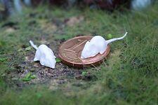 2 Miniatur weiße Mäuse Diorama 1:12 Puppenstube Scheunenfund 1:18  Krippe