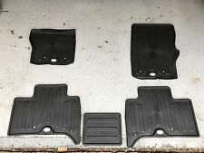 Land Rover Discovery (B6) 2017 - On Rubber Floor Mat (Set Of 5)