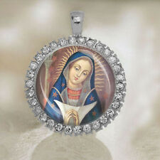 Our Lady of Altagracia Virgin Mary in a Nativity Scene Catholic Medal NEW