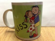 Kiss Mug Cup Boy and Girl Kissing and Hugging NWT Green Red White Yellow Blue