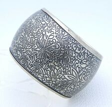 VTG Large Wide Silver Tone Heavily Embossed Floral Flower Bangle Bracelet