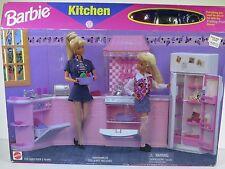 NIB BARBIE DOLL 1996 PLAYSET FOOD KITCHEN
