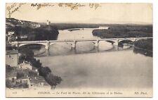avignon , le pont de pierre , dit de villeneuve et le rhône