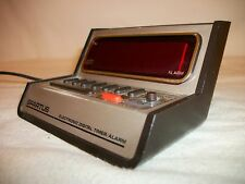Vintage Spartus Digital Alarm Clock Retro Space Age Tested Works battery test