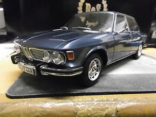 BMW 2500 e3 berline met. gris Bleu Blue 1968 Bos resin 1:18