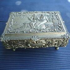 Boîte à Bijoux Vintage Régule Massif Superbes Reliefs & Détails12x9x6 Cm 460 Grs