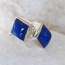 Schöne  Ohrstecker mit  eckigen  Lapis Lazuli