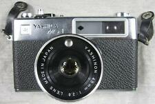 Vintage Yashica MG1 35mm Film Rangefinder Camera