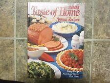 2001 HC Taste of Home Annual Recipes Cookbook, Yearbook Home Cooking