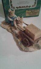 CLASSIC COLLECTABLES ~ BRAMBLY HEDGE WILFRED AND TEASLE PUSHING CART BHF 06
