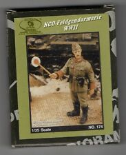 ROYAL MODEL 174 - NCO-FELDGENDARMERIE WWII - 1/35 RESIN KIT