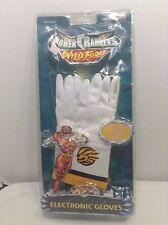 Power Rangers Wild Force Electronic Gloves NEW IN PACKAGE SEALED RARE TOY PAIR