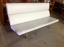 EXCEPTIONAL CHARLES EAMES COMPACT SOFA FOR HERMAN MILLER