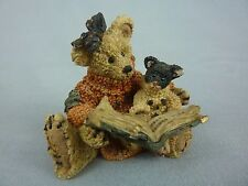 """Boyds Bears / Agatha & Shelly """"Scardy Cat"""" / Story Time Reading / Boxed / 1994"""