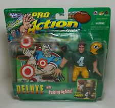 Brett Favre - Pro Action 1999 Starting Lineup Figure w/Passing Action - Packers
