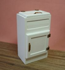 Dollhouse Miniature Vintage Kitchen Ice Box Doll House Furniture
