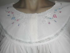 NWT~VINTAGE NIGHTGOWN~NYLON~EMBROIDERED~LACE~JC PENNEY SZ S/M