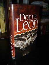 Beastly Things: A Commissario Guido Brunetti Mystery Donna Leon Signed 1st UK