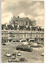CP 60 OISE - Beauvais - La Place Jeanne Hachette