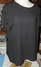 Dream Diva Black with Applique-style Flowers Top Blouse Plus Size 16 NWT