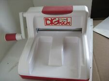 Sizzix BIGkick Machine w/ Extended Multipurpose Platform Shape Cutting Embossing