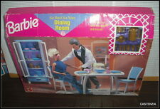 NRFB  VINTAGE 1998 MATTEL BARBIE DOLL DINING ROOM PLAYSET FOR HER HOME
