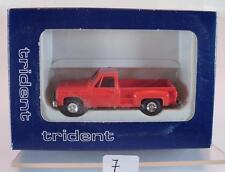 Trident 1/87 no. 90015 CHEVROLET fenderside Pick-Up Rosso OVP #007