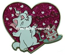 DISNEY Pin - Marie and Cake - Aristocats - Hong Kong Disneyland - HKDL