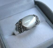 Solid 925 Sterling Silver Marcasite Mother Of Pearl Ring Size P. Vintage Style.