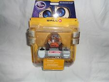 DISNEY STORE EXCLUSIVE WALL E INFARED REMOTE CONTROL FIGURE NEW