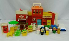 Fisher Price 1973 Little People Play Family Village #997 Lot 29 Pieces Vintage