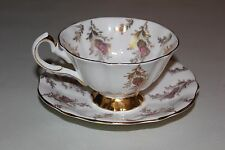 Vintage QUEEN ANNE 5748 England Bone China TEA CUP & SAUCER Gold Floral on White