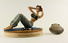 Figurine / Statue TOMB RAIDER LARA CROFT LEGEND TRAINING HOME