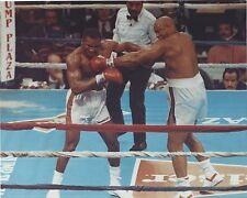 EVANDER HOLYFIELD vs GEORGE FOREMAN 8X10 PHOTO BOXING PICTURE