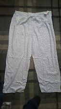 LADIES PJAMA/LOUNGE PANTS WHITE WITH BLUE FLOWER DESIGN SIZE 24/26