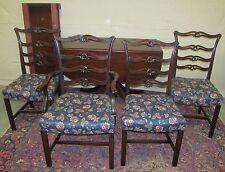 FINE CHARAK FURNITURE COMPANY DANBURY TABLE WITH SET OF 4 CHIPPENDALE CHAIRS
