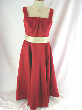 Gorgeous Sz 12 Red Cream Long Light In the Box Formal Dress Designer