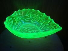 VINTAGE BAGLEY ART DECO GREEN URANIUM GLASS SMALL DESSERT BOWL COCKTAIL TIME VGC
