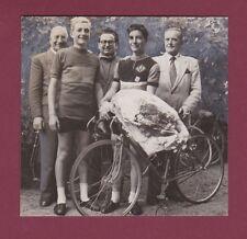 PHOTO 280416 PRESSE TOURS années 1960 - cyclisme gagnant