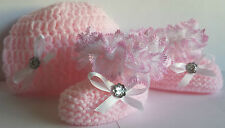 BABY GIRLS HAND KNITTED/ CROCHET HAT AND BOOTS/BOOTIES- PINK/ WHITE - NEWBORN