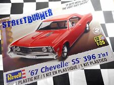 REVELL 1:25 SCALE 1967 CHEVELLE SS 396 PLASTIC MODEL KIT