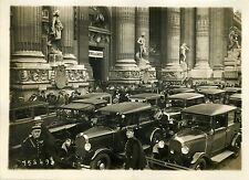 """XXVème SALON DE L'AUTOMOBILE (PARIS 1931)"" Photo originale G. DEVRED (Agce ROL)"