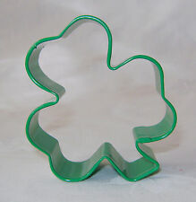 NEW GREEN SHAMROCK CLOVER SHAPED COOKIE BISCUIT PASTRY CUTTER ANNIVERSARY HOUSE