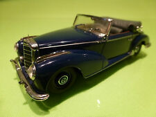 MINICHAMPS MERCEDES BENZ 300S CONVERTIBLE- 1951 1955 - BLUE 1:43 - EXCELLENT