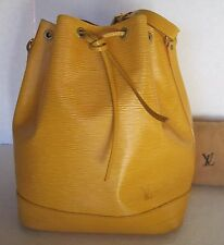 LOUIS VUITTON HANDBAG EPI LEATHER NOE IN YELLOW AR0985